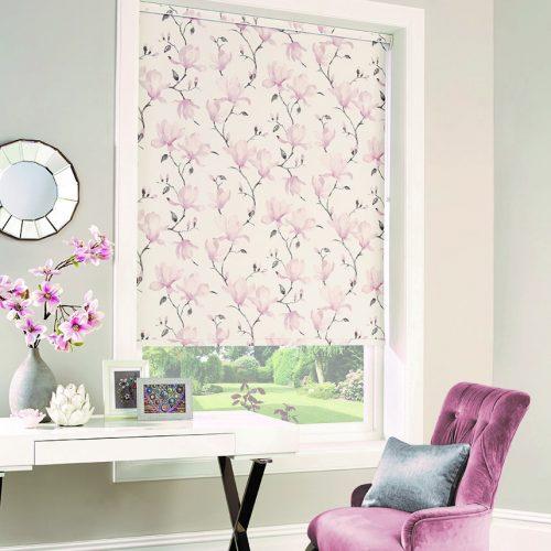 Magnolia Rosa Roller Blind