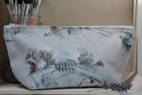 Winter Canal Scene Make-Up Bag